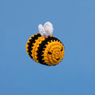 <img class='new_mark_img1' src='https://img.shop-pro.jp/img/new/icons5.gif' style='border:none;display:inline;margin:0px;padding:0px;width:auto;' />CROCHET BUMBLE BEE / WARE OF THE DOG(クローシェ・バンブルビー / ウェアオブザドッグ)