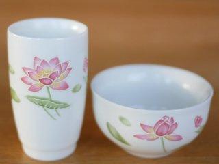 粉彩風 荷花 茶杯