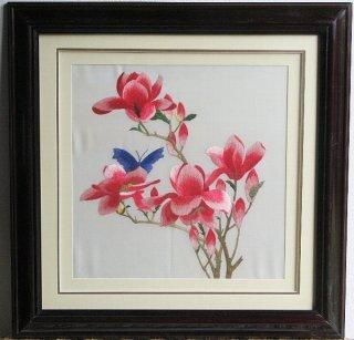 刺繍(木蓮と蝶)正方形3001