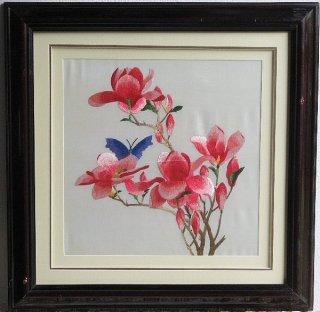 刺繍(木蓮と蝶)正方形3006