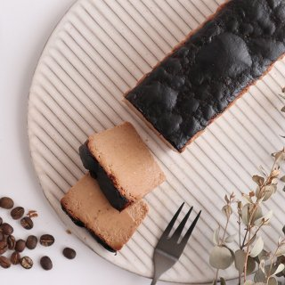 【季節限定・冷凍配送】香り立つチーズケーキ カカオとコーヒー