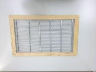 6枚箱用隔王板 - 養蜂器具の通販サイト秋田屋本店