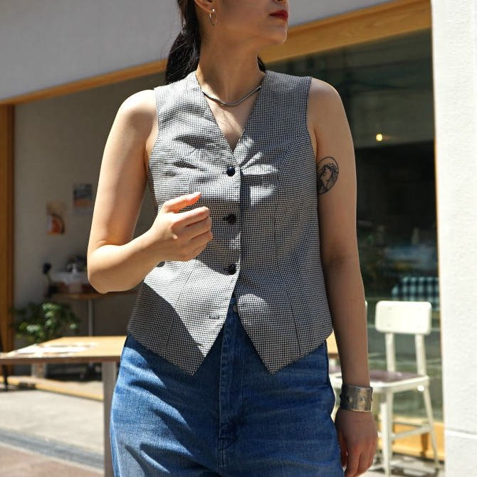 <img class='new_mark_img1' src='https://img.shop-pro.jp/img/new/icons6.gif' style='border:none;display:inline;margin:0px;padding:0px;width:auto;' />[MaW VINTAGE] Houndstoot Gilet