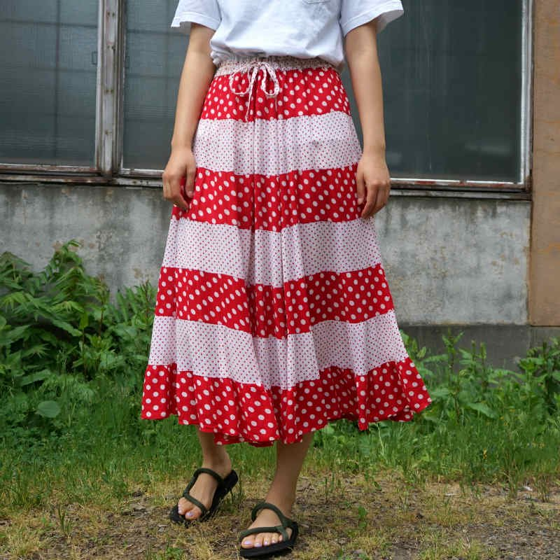 <img class='new_mark_img1' src='https://img.shop-pro.jp/img/new/icons6.gif' style='border:none;display:inline;margin:0px;padding:0px;width:auto;' />[MaW VINTAGE] Dot Skirt