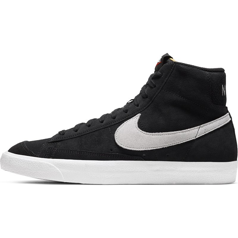 <img class='new_mark_img1' src='https://img.shop-pro.jp/img/new/icons24.gif' style='border:none;display:inline;margin:0px;padding:0px;width:auto;' /> [SALE][NIKE] ナイキ BLAZER MID '77 SUEDE  CI1172- 002