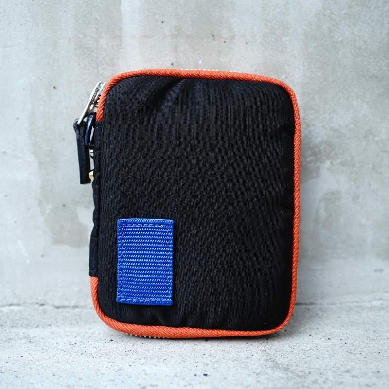 <img class='new_mark_img1' src='https://img.shop-pro.jp/img/new/icons6.gif' style='border:none;display:inline;margin:0px;padding:0px;width:auto;' />[sacai×PORTER] サカイ 20-0080S Nylon Wallet(BLACK)