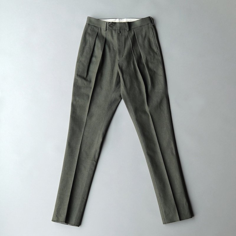 <img class='new_mark_img1' src='https://img.shop-pro.jp/img/new/icons50.gif' style='border:none;display:inline;margin:0px;padding:0px;width:auto;' /> [NEAT for MaW] Dead Stock Cone Mills Denim / TAPERED (Olive)