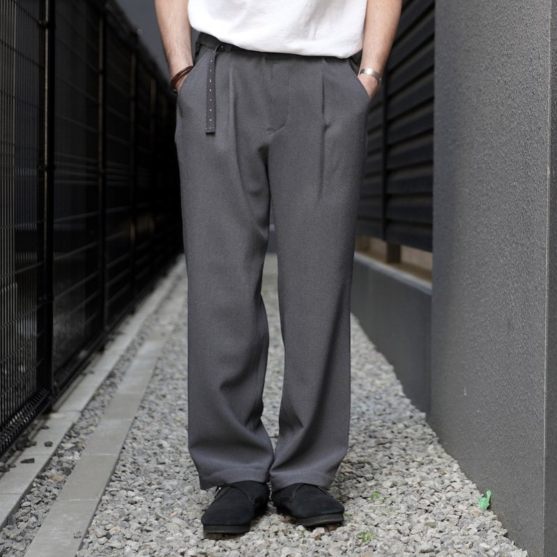 <img class='new_mark_img1' src='https://img.shop-pro.jp/img/new/icons50.gif' style='border:none;display:inline;margin:0px;padding:0px;width:auto;' />[O-] オー EASY TROUSERS (Blue Gray)