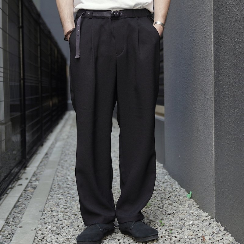 <img class='new_mark_img1' src='https://img.shop-pro.jp/img/new/icons50.gif' style='border:none;display:inline;margin:0px;padding:0px;width:auto;' />[O-] オー EASY TROUSERS (Black)
