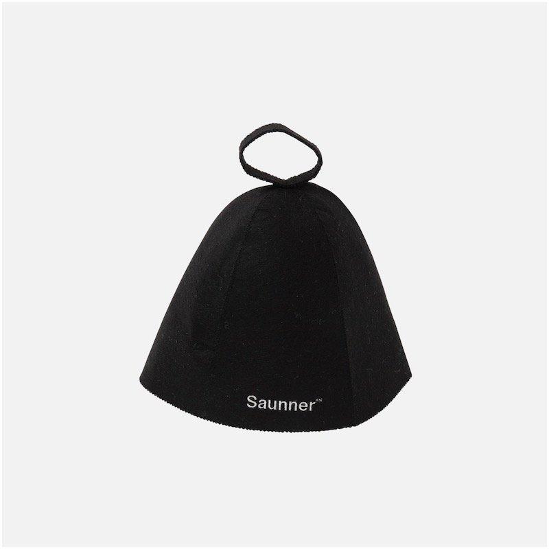 <img class='new_mark_img1' src='https://img.shop-pro.jp/img/new/icons8.gif' style='border:none;display:inline;margin:0px;padding:0px;width:auto;' />[TTNE] ティーティーエヌイー Saunner Logo Sauna Hat (Black)