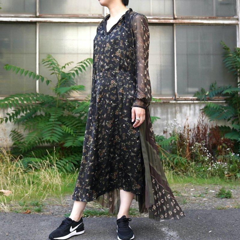 <img class='new_mark_img1' src='https://img.shop-pro.jp/img/new/icons6.gif' style='border:none;display:inline;margin:0px;padding:0px;width:auto;' />[sacai] サカイ 21-05703 Floral Print Dress(BLACK)