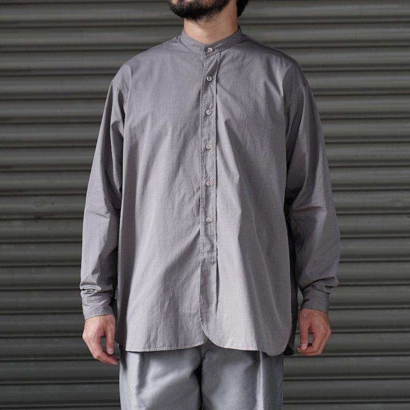 <img class='new_mark_img1' src='https://img.shop-pro.jp/img/new/icons8.gif' style='border:none;display:inline;margin:0px;padding:0px;width:auto;' />[RAKINES] ラキネス Trinity chambray cloth / Band collar shirt