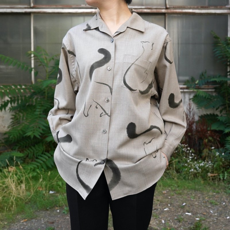 <img class='new_mark_img1' src='https://img.shop-pro.jp/img/new/icons50.gif' style='border:none;display:inline;margin:0px;padding:0px;width:auto;' />[WRYHT] ONE-PIECE COLLAR BLOUSE(FOG)