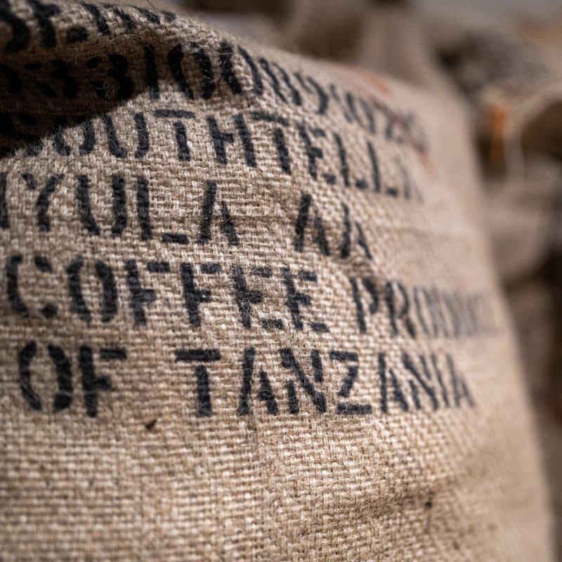 <img class='new_mark_img1' src='https://img.shop-pro.jp/img/new/icons8.gif' style='border:none;display:inline;margin:0px;padding:0px;width:auto;' />[BARISTART COFFEE] バリスタート コーヒー Tanzania Southtella AA  タンザニア サウステラAA(200g)