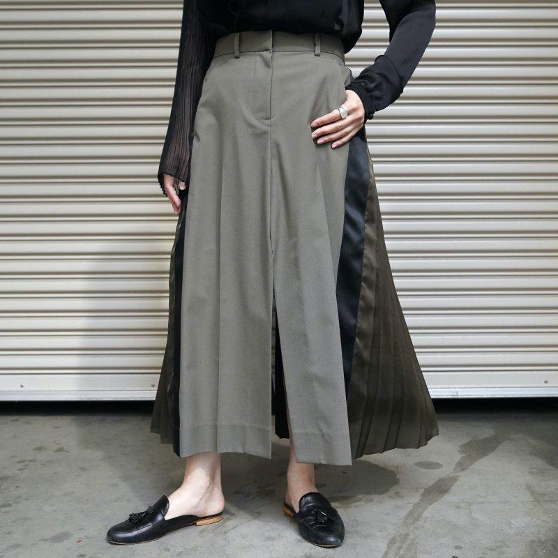 <img class='new_mark_img1' src='https://img.shop-pro.jp/img/new/icons6.gif' style='border:none;display:inline;margin:0px;padding:0px;width:auto;' />[sacai] サカイ21-05653 Suiting Mix Skirt(KHAKI)