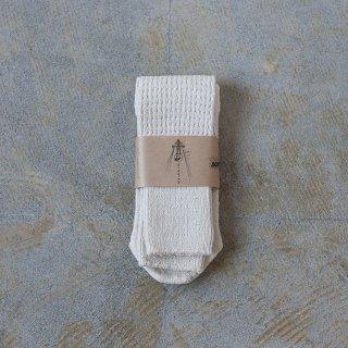 Tatou シルクコットンの靴下 キナリ