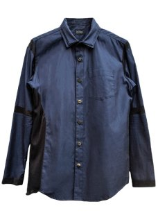 <img class='new_mark_img1' src='https://img.shop-pro.jp/img/new/icons32.gif' style='border:none;display:inline;margin:0px;padding:0px;width:auto;' />Triple Layered Collar Shirt - Navy×Black