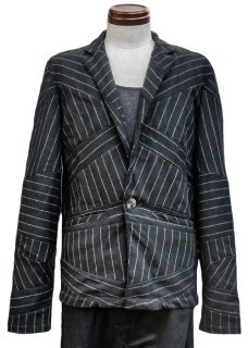 <img class='new_mark_img1' src='https://img.shop-pro.jp/img/new/icons32.gif' style='border:none;display:inline;margin:0px;padding:0px;width:auto;' />Chalk Stripe Wool One Button Jacket - Black