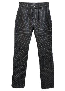 <img class='new_mark_img1' src='https://img.shop-pro.jp/img/new/icons32.gif' style='border:none;display:inline;margin:0px;padding:0px;width:auto;' />Chalk Stripe Wool Pants - Black