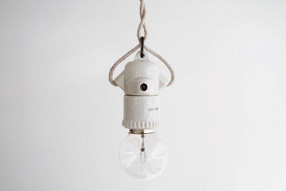 PORCELAIN LAMP-A
