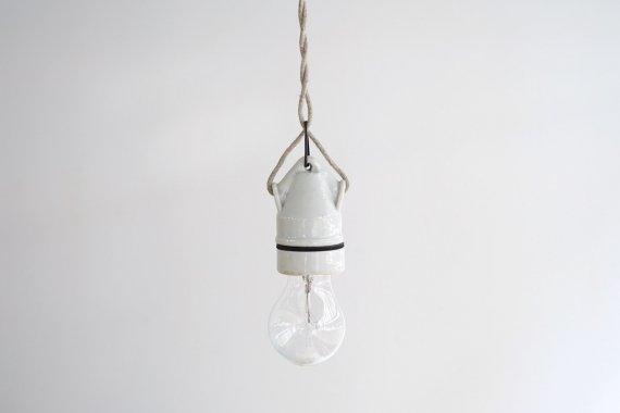 PORCELAIN LAMP-C