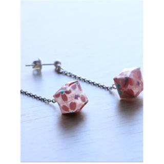 本美濃紙のピアス 「カミノシゴト」Balloon sakura pink