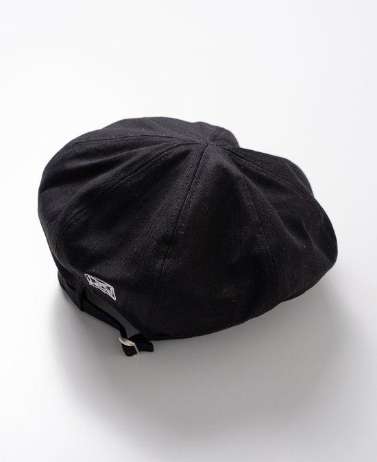 graphic beret