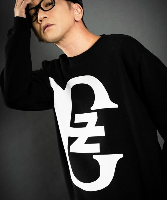 ZE Logo Fourth Sweat [BLACK]<img class='new_mark_img2' src='https://img.shop-pro.jp/img/new/icons20.gif' style='border:none;display:inline;margin:0px;padding:0px;width:auto;' />