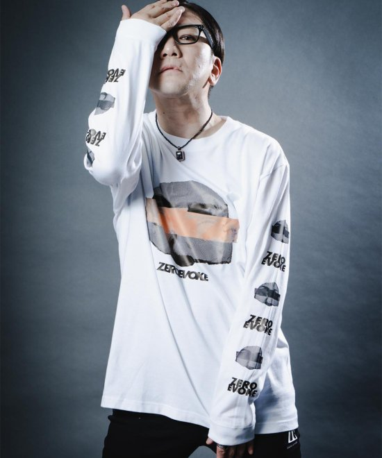 DUCT TAPE L/S Tee 【WHITE】<img class='new_mark_img2' src='https://img.shop-pro.jp/img/new/icons1.gif' style='border:none;display:inline;margin:0px;padding:0px;width:auto;' />
