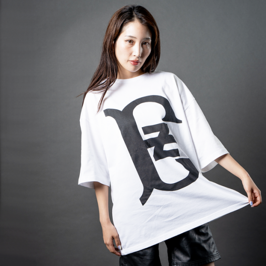 "Big Logo ""Fourth"" S/S Oversize Tee【WHITE】<img class='new_mark_img2' src='https://img.shop-pro.jp/img/new/icons5.gif' style='border:none;display:inline;margin:0px;padding:0px;width:auto;' />"