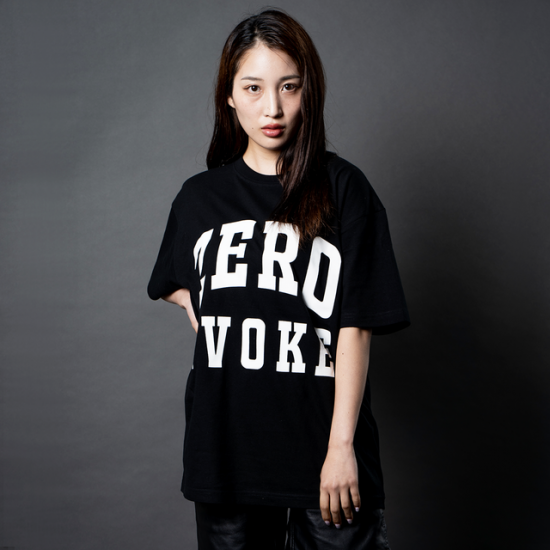 College Logo S/S Tee【BLACK】<img class='new_mark_img2' src='https://img.shop-pro.jp/img/new/icons5.gif' style='border:none;display:inline;margin:0px;padding:0px;width:auto;' />