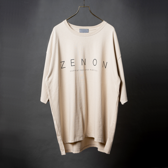 Print Logo-Slit Big Tee【BEIGE】<img class='new_mark_img2' src='https://img.shop-pro.jp/img/new/icons5.gif' style='border:none;display:inline;margin:0px;padding:0px;width:auto;' />