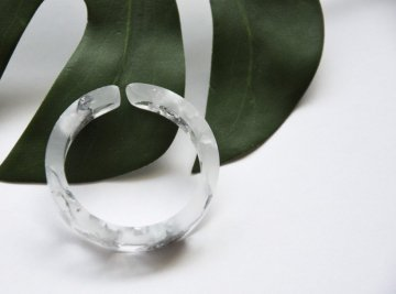N7 CHEWING GUM イヤーカフ【clear silver】
