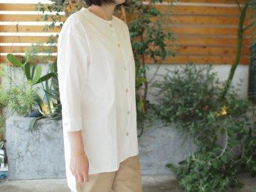 Emouvoir【Devant】シンプルシャツ・white