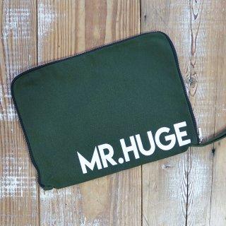 MR.HUGE LOGO CANVAS ZIP HANDLE CLUTCH BAG(ロゴ キャンバス ジップ ハンドル クラッチ バッグ)カーキ