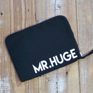 MR.HUGE LOGO CANVAS ZIP HANDLE CLUTCH BAG(ロゴ キャンバス ジップ ハンドル クラッチ バッグ)ブラック