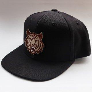 MR.HUGE TIGER WAPPEN 6PANEL CAP(タイガー ワッペン 6パネル キャップ)ブラック