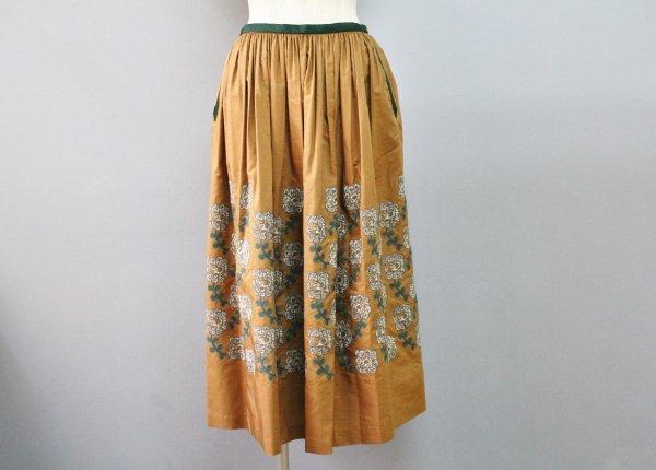 yulaギャザースカート