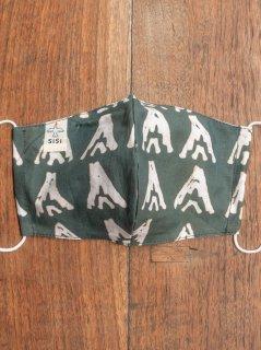 【ご予約商品:お届けは2月6日(土)前後の予定です】草木染めバティックの布マスク『山』(男女兼用Lサイズ) L-MSK-WAB-06