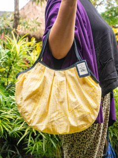 【ご予約商品:お届けは5月6日(木)以降の予定です】kotak-batik(イエロー)定番サイズ