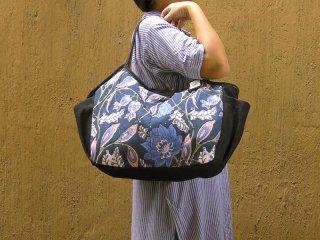 【ご予約商品:お届けは11月4日(木)以降の予定です】大花(紺)大きいバッグ
