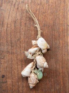 【ご予約商品:お届けは7月15日(木)以降の予定です】貝殻チャーム