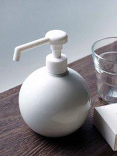 白磁 『ラウンド シャワーボトル』