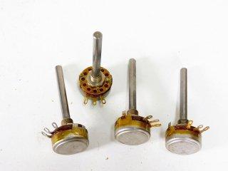 A&B RV4NAYFK251A 250Ω 4個 保証外品 [23621]