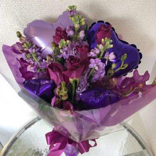 バルーンとお花の花束