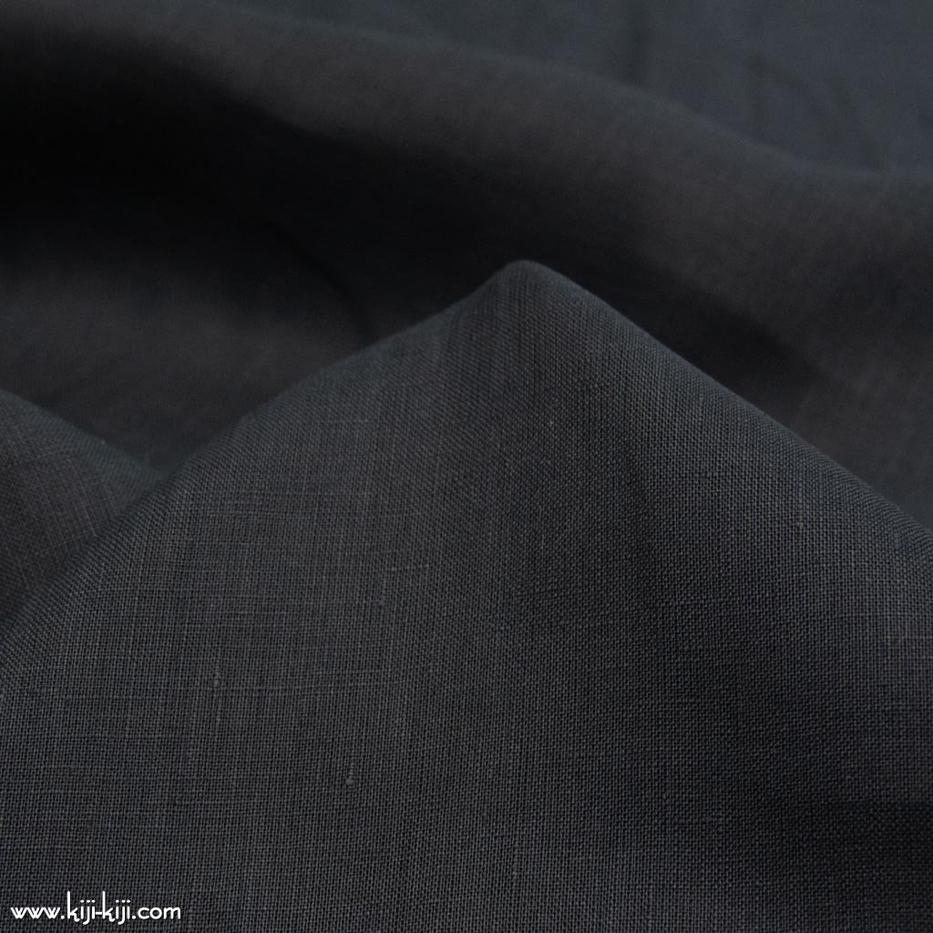 【sale】細番手リネンのブラックリネンローン|linen100%|135cm巾|ブラック|<img class='new_mark_img2' src='https://img.shop-pro.jp/img/new/icons20.gif' style='border:none;display:inline;margin:0px;padding:0px;width:auto;' />