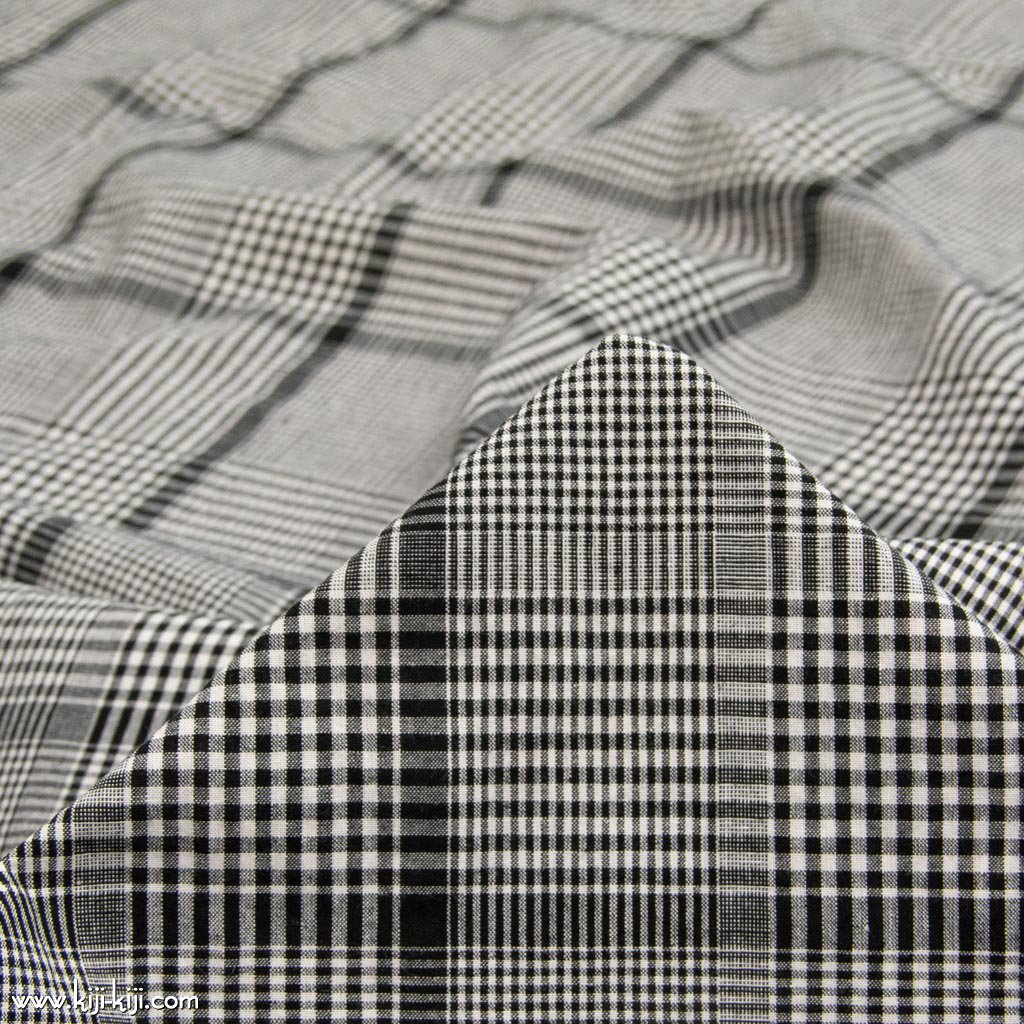 【sale】【cotton linen】洗いざらし風コットンリネンのcheck&check|アースカラーチェック|ワッシャー加工|ブラック|<img class='new_mark_img2' src='https://img.shop-pro.jp/img/new/icons20.gif' style='border:none;display:inline;margin:0px;padding:0px;width:auto;' />