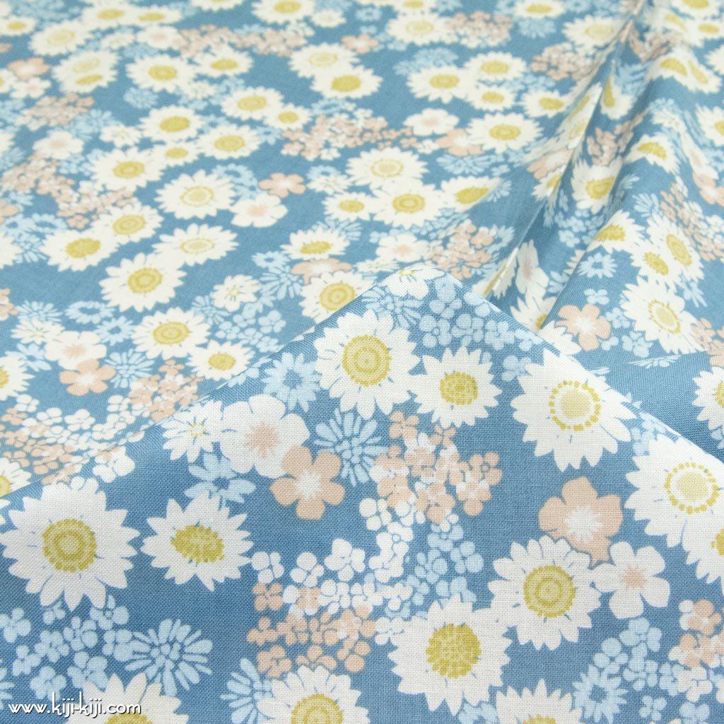 【コットン】flower carpet|フラワーカーペット|コットンスケア|ソフト加工|花柄生地|スモークブルー|<img class='new_mark_img2' src='https://img.shop-pro.jp/img/new/icons5.gif' style='border:none;display:inline;margin:0px;padding:0px;width:auto;' />