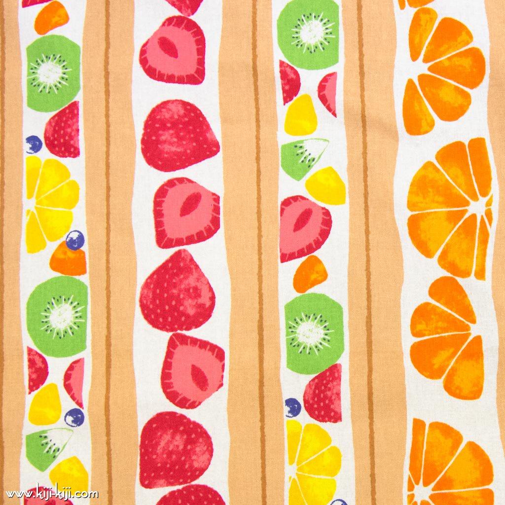 【cotton】フルーツサンド|FRUITSsand|コットンシーチング|イチゴ柄|フルーツ柄|ベージュ|