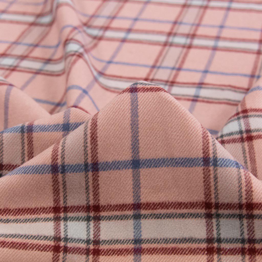 【sale】【cotton / rayon】 funwari brushed check ふんわり起毛チェック 145cm コットンレーヨン スモークピンク <img class='new_mark_img2' src='https://img.shop-pro.jp/img/new/icons20.gif' style='border:none;display:inline;margin:0px;padding:0px;width:auto;' />